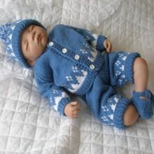 "17 - 22"" Doll / 0-3 mths Baby #51"